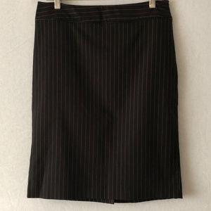 Dana Buchman Navy Pinstripe Pencil Skirt Size 4